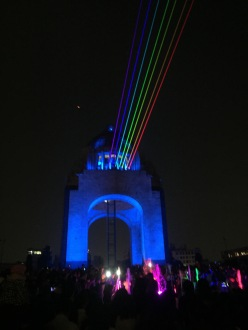 Monumento a la Revolucion Ciudad de Mexico FILUX Globe n Roll