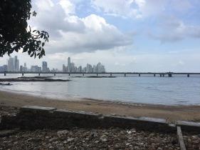 Ciudad de Panamá Globe N Roll